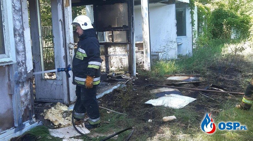 97/2020 Pożar baraku w Strzeszowie OSP Ochotnicza Straż Pożarna