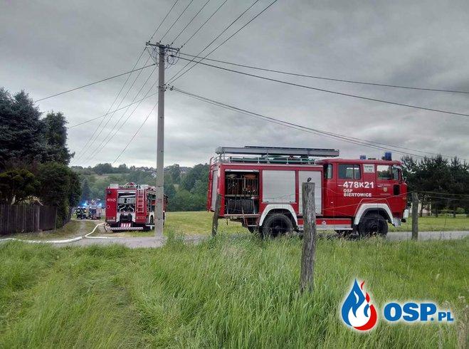 Pożar budynku gospodarczego w Krzywaczce. OSP Ochotnicza Straż Pożarna
