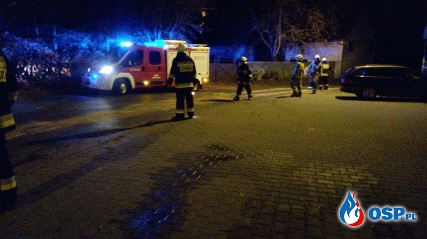 Plama oleju w m. Perzów OSP Ochotnicza Straż Pożarna