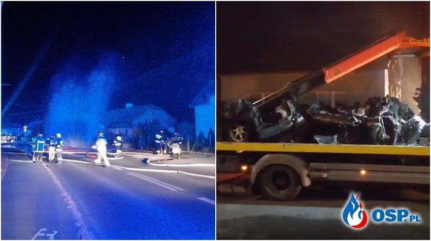 Auto spłonęło po zderzeniu ze skrzynką z gazem. Trzy osoby zginęły. OSP Ochotnicza Straż Pożarna