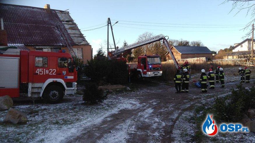 Powiało i zerwało dach. OSP Ochotnicza Straż Pożarna