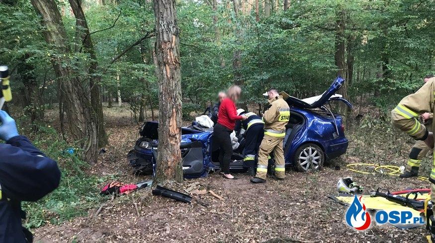 135/2019 Groźny wypadek przed Piaskiem OSP Ochotnicza Straż Pożarna