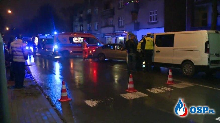 Czteroosobowa rodzina potrącona na przejściu dla pieszych w Gnieźnie OSP Ochotnicza Straż Pożarna