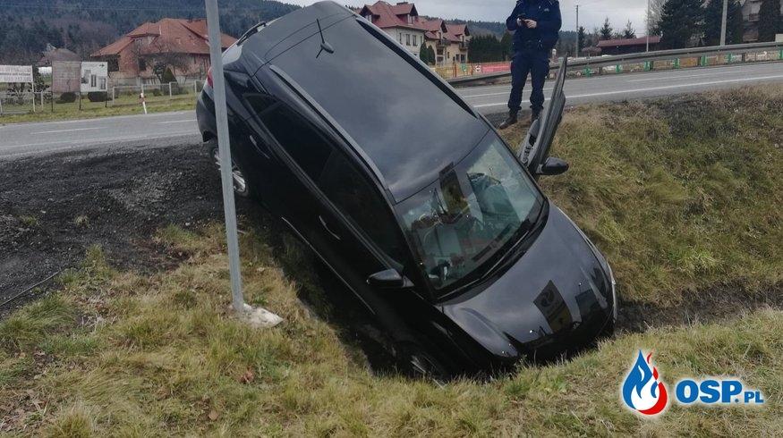 Kolizja samochodu osobowego na DK7 - 1 stycznia 2020r. OSP Ochotnicza Straż Pożarna
