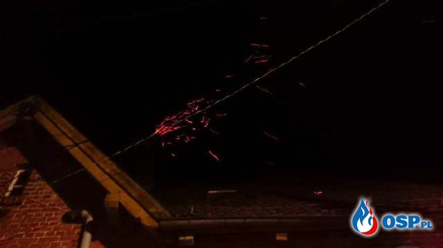 Świąteczna sadza w kominie. OSP Ochotnicza Straż Pożarna