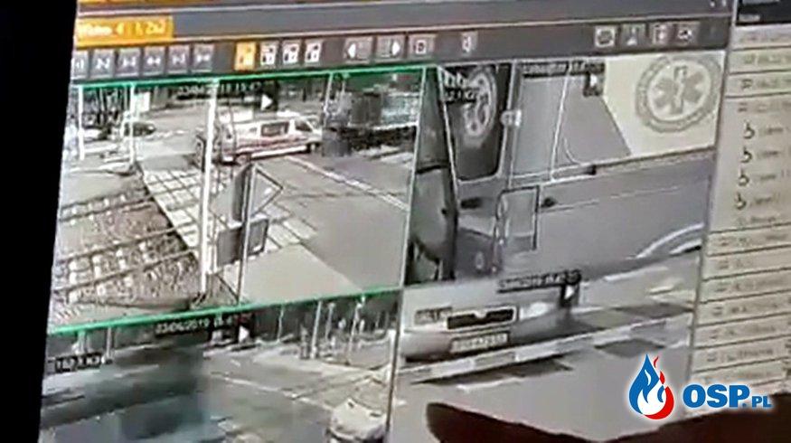 Tak doszło do tragicznego wypadku karetki. Zobacz nagranie! OSP Ochotnicza Straż Pożarna