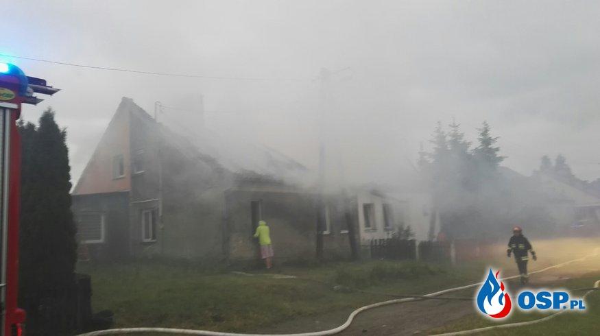 Pożar domu wielorodzinnego, Nastajki 7.06.2017 OSP Ochotnicza Straż Pożarna