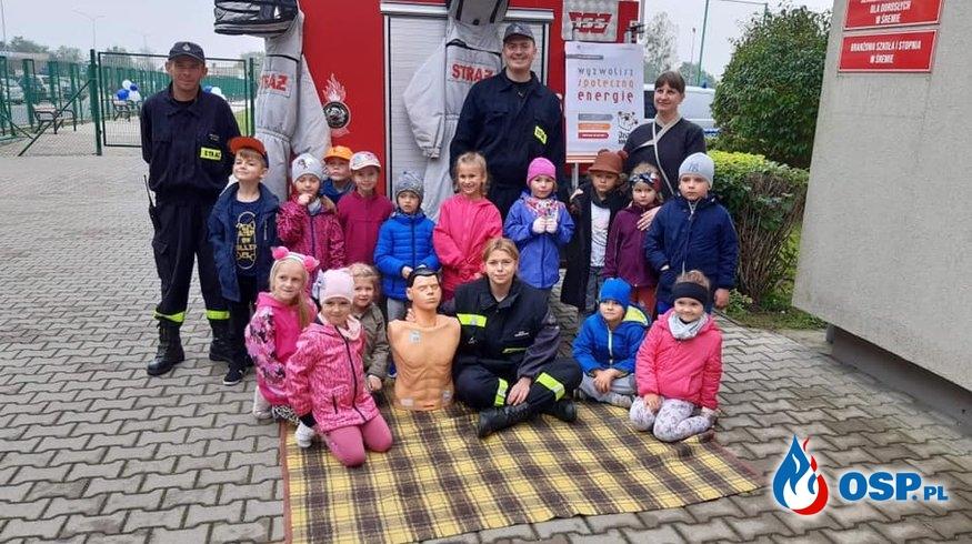 Pokaz ratownictwa medycznego w Zespole Szkół Technicznych OSP Ochotnicza Straż Pożarna