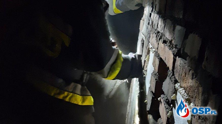 Pożar sadz w przewodzie kominowym - 5 stycznia 2021r. OSP Ochotnicza Straż Pożarna