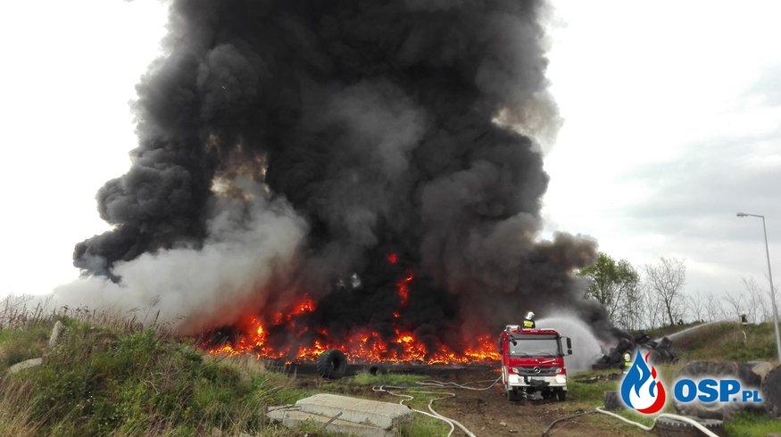 Pożar sterty opon-Krosno Odrzańskie 14.05.2017-15.05.2017 OSP Ochotnicza Straż Pożarna