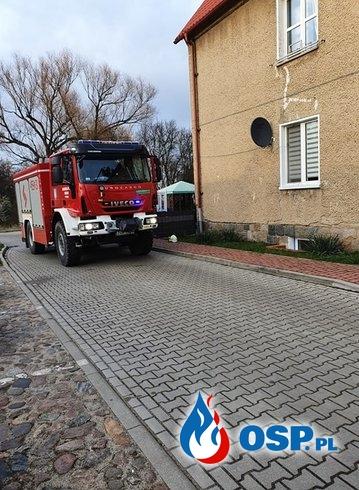 50/2020 Pożar komina i duze zadymienie na poddaszu OSP Ochotnicza Straż Pożarna