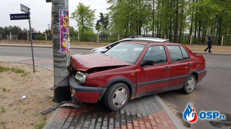 Pijany kierowca uderzył w słup elektryczny - OSP Lipniki OSP Ochotnicza Straż Pożarna