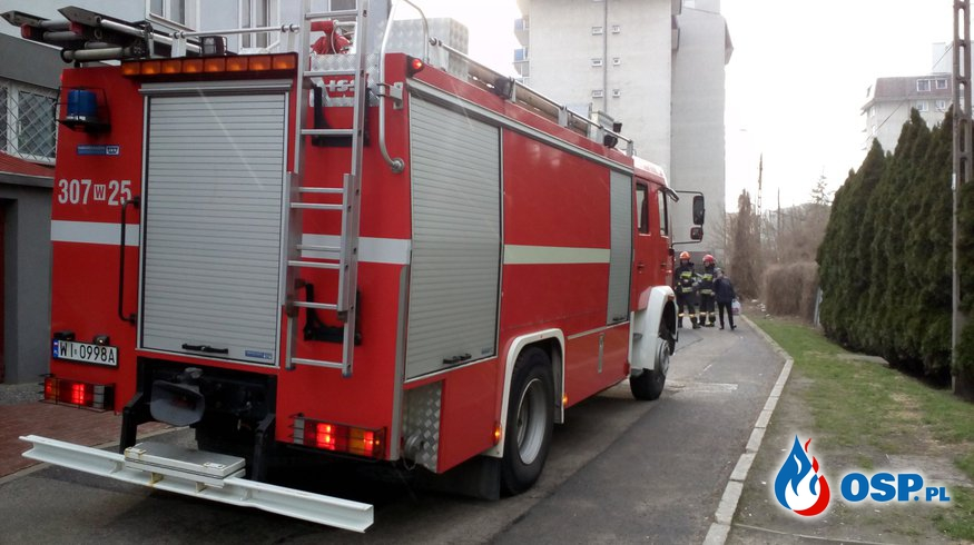 Kolejny błąd operatora numeru 112. Warszawscy strażacy pojechali pod zły adres. OSP Ochotnicza Straż Pożarna