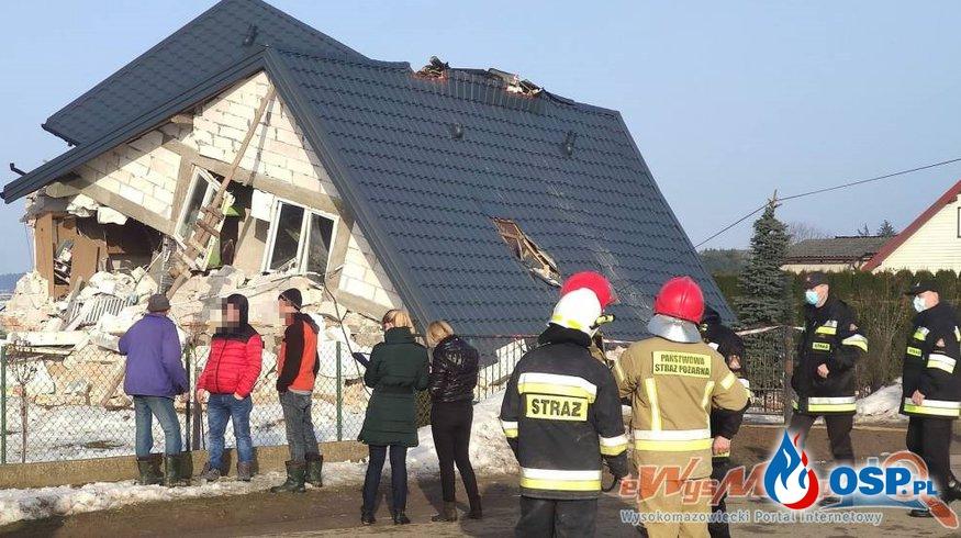 Dom zawalił się po wybuchu gazu. Wśród rannych jest 5-letni chłopiec. OSP Ochotnicza Straż Pożarna