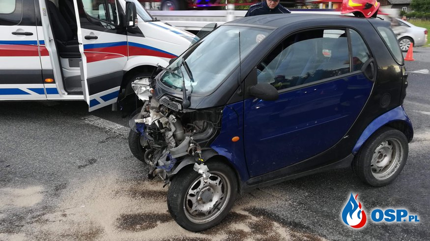 Wypadek dwóch samochodów osobowych OSP Ochotnicza Straż Pożarna