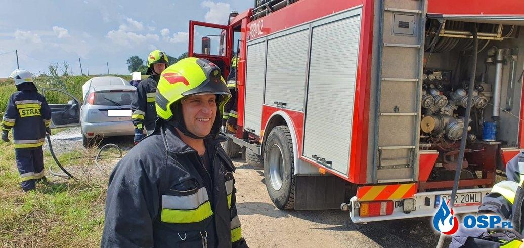Pożar samochodu w Białej OSP Ochotnicza Straż Pożarna