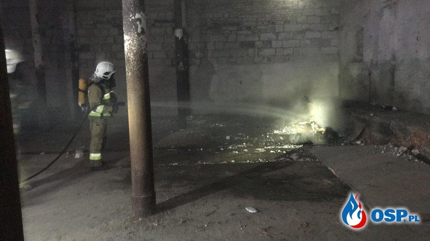 5/2020 Pożar śmieci w opuszczonej gorzelni w Grzybnie OSP Ochotnicza Straż Pożarna