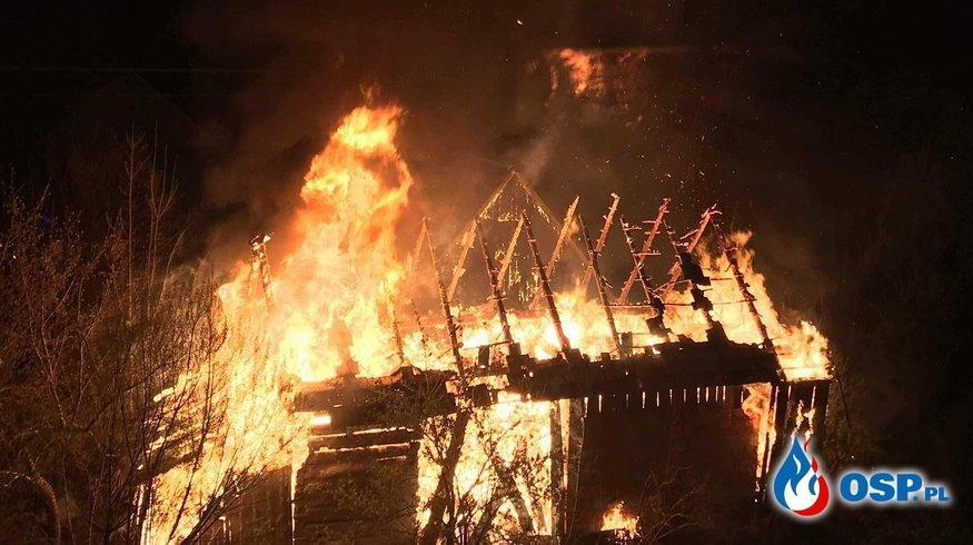 Groźny pożar budynku gospodarczego! OSP Ochotnicza Straż Pożarna