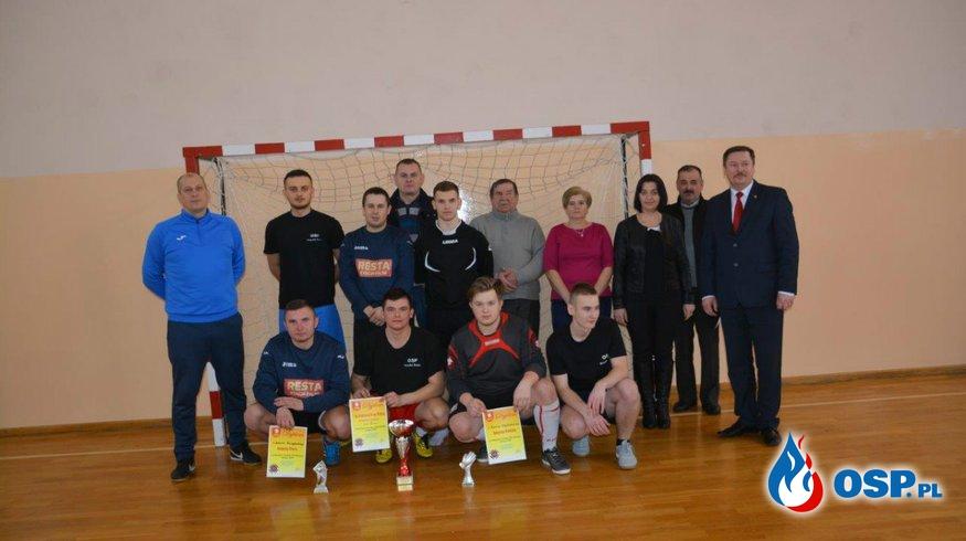 Turniej o Puchar Wójta w piłce halowej jednostek OSP. OSP Ochotnicza Straż Pożarna