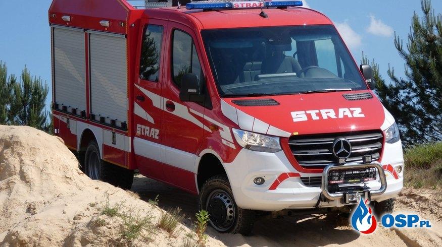 Uroczyste przekazanie samochodu ratowniczo-gaśniczego OSP Ochotnicza Straż Pożarna