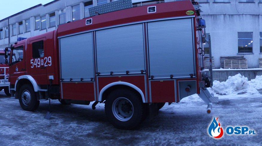 W przeddzień Wigiliii siedem zastępów straży pożarnej zadysponowanych do pożaru w zakładzie produkcji drzewnej w Zagórzu OSP Ochotnicza Straż Pożarna