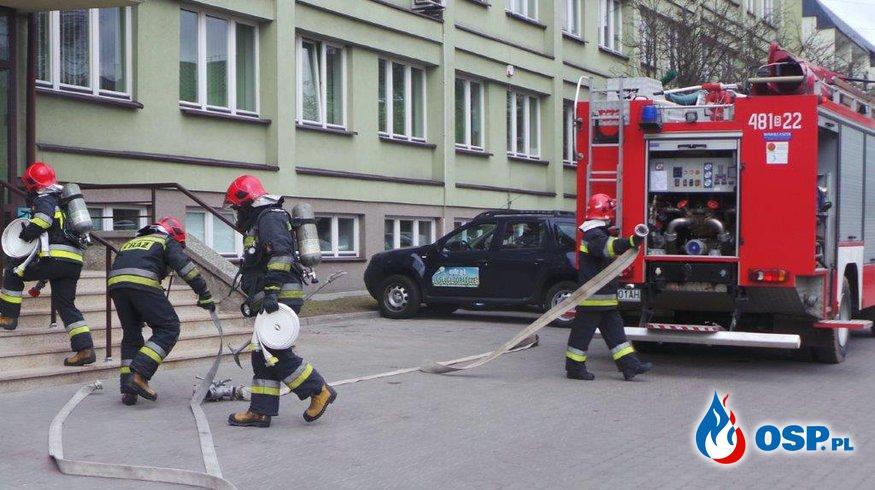 Ćwiczenia wraz z ewakuacją na obiekcie Starostwa Powiatowego w Sokółce OSP Ochotnicza Straż Pożarna