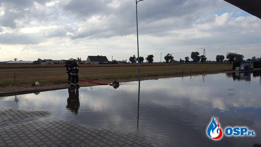 Dwie ulewy w jedno popołudnie - dwa wyjazdy do podtopień OSP Ochotnicza Straż Pożarna