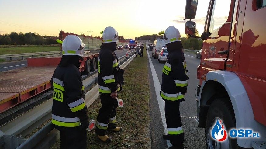 Wypadek 4 aut na łączniku 97 z S19 i A4 OSP Ochotnicza Straż Pożarna