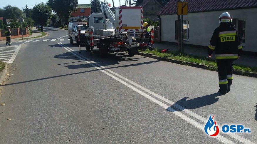 [11/MZ/2020] Zerwana linia energetyczna w miejscowości Kaczory OSP Ochotnicza Straż Pożarna