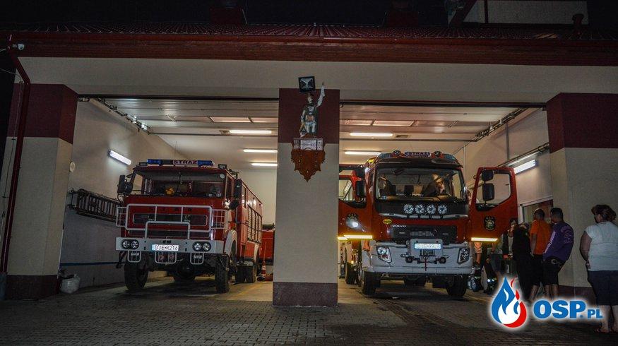 Przyjazd nowego średniego samochodu ratowniczo-gaśniczego dla OSP Dziwiszów. OSP Ochotnicza Straż Pożarna