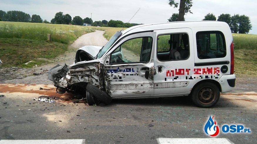 Wypadek dwóch samochodów osobowych i cysterny OSP Ochotnicza Straż Pożarna