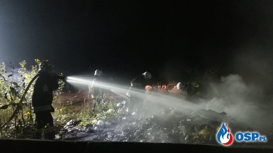 Pożar śmieci za cmentarzem parafialnym w Glinojecku OSP Ochotnicza Straż Pożarna