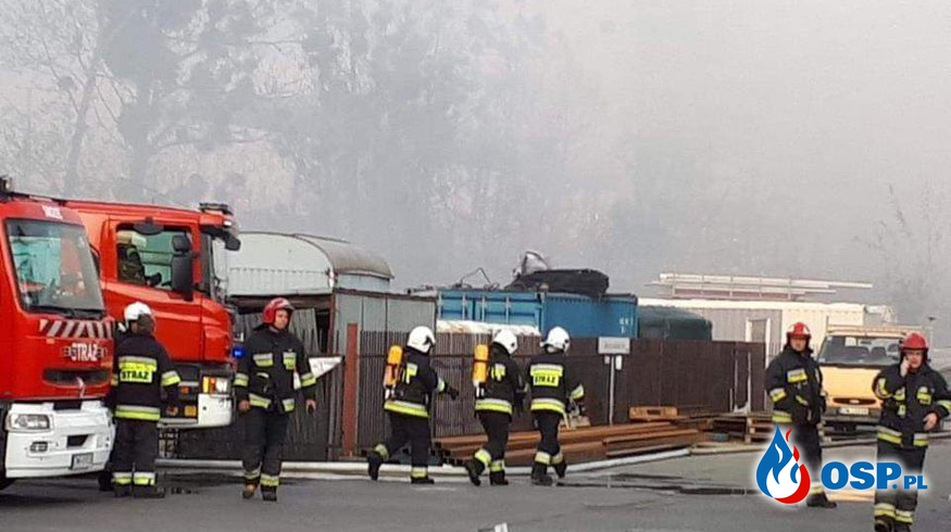 POŻAR HALI WE WROCŁAWIU OSP Ochotnicza Straż Pożarna