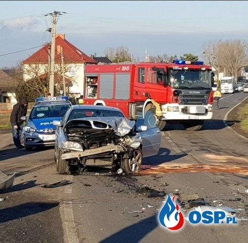 Wypadek drogowy - Zderzenie dwóch pojazdów OSP Ochotnicza Straż Pożarna