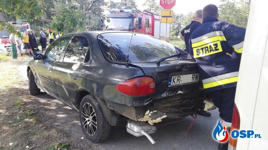 Wypadek drogowy w Grobli OSP Ochotnicza Straż Pożarna