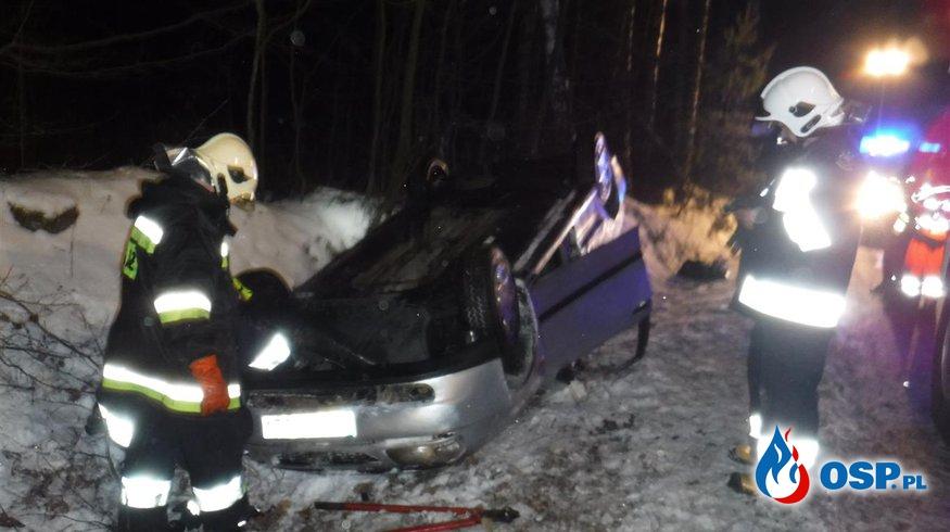 Dachowanie samochodu - wyjazd 02/2016 OSP Ochotnicza Straż Pożarna