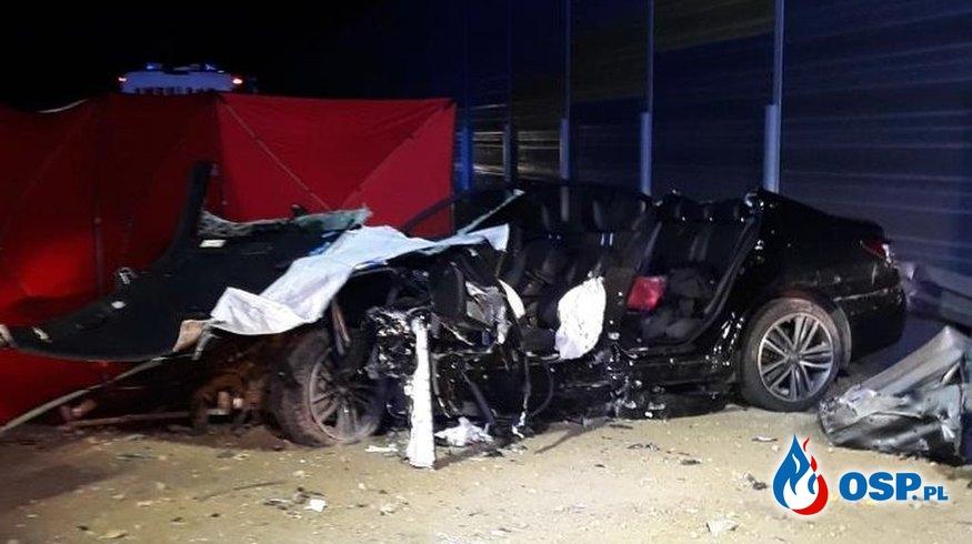 Kierowca infiniti zginął w wypadku na S8 OSP Ochotnicza Straż Pożarna