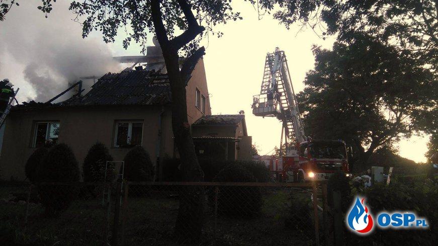 Pożar budynku wielorodzinnego w Łajsach! OSP Ochotnicza Straż Pożarna