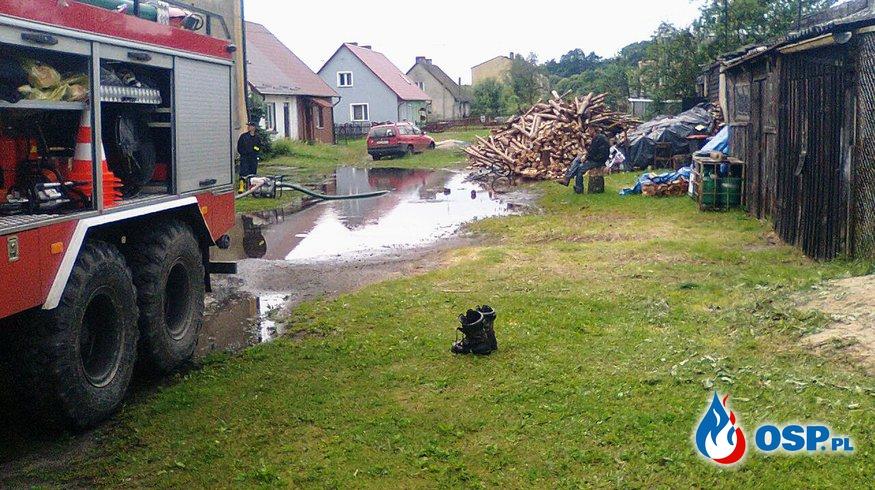 #21/2017 Zalana posesja i piwnice m.Bincze 28.07.2017r. OSP Ochotnicza Straż Pożarna