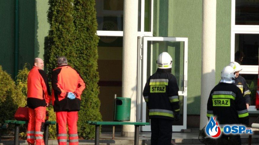 Pożar szatni w hali sportowej we Wronkach. OSP Ochotnicza Straż Pożarna