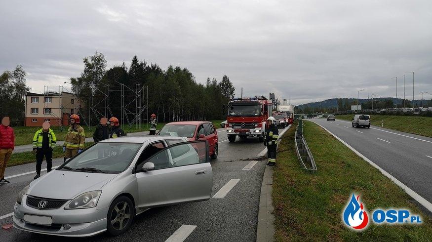 Wypadek trzech samochodów osobowych na DK7 - 9 października 2019r. OSP Ochotnicza Straż Pożarna