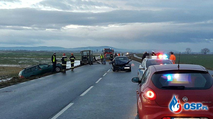 #02 Wypadek ciągnika i dwóch samochodów na trasie nr 414 Biała-Krobusz OSP Ochotnicza Straż Pożarna