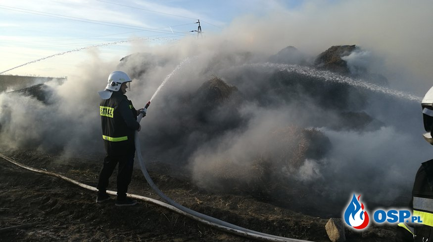 Pożar Słomy w Łaszewie OSP Ochotnicza Straż Pożarna