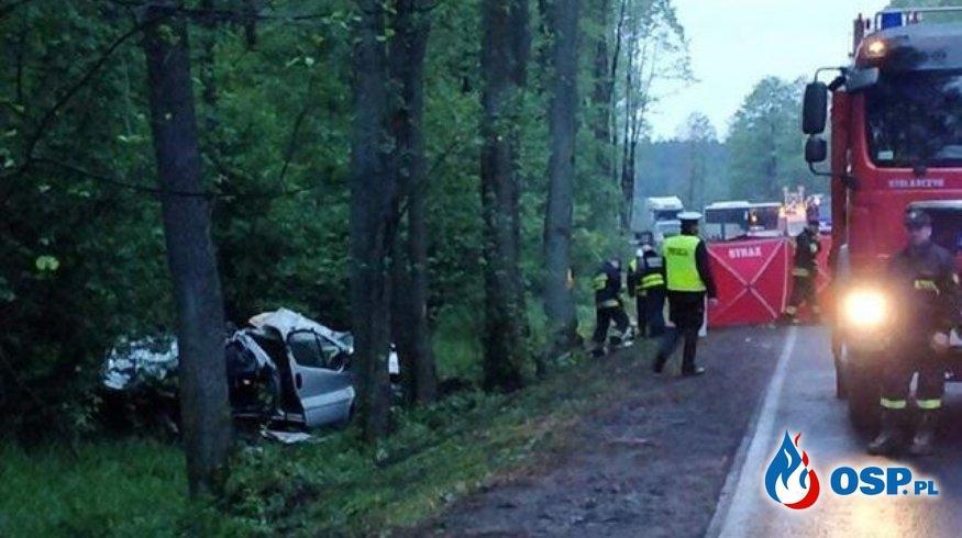 4 osoby zginęły w wypadku pod Wyszkowem. Wśród ofiar strażak OSP. OSP Ochotnicza Straż Pożarna