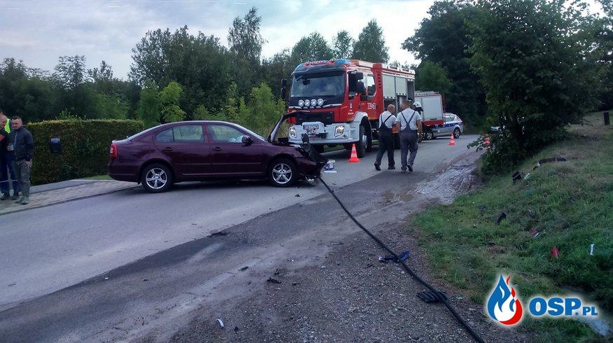 Wypadek z udziałem motocyklisty OSP Ochotnicza Straż Pożarna