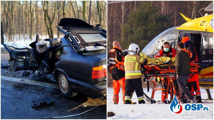 Dwie osoby ranne po czołowym zderzeniu pod Warszawą. W akcji śmigłowiec LPR. OSP Ochotnicza Straż Pożarna