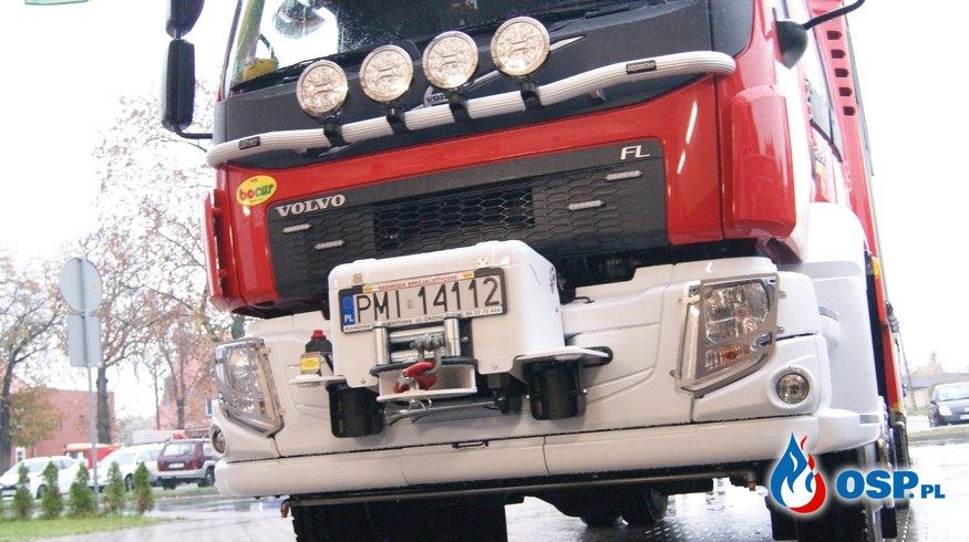 Przekazanie nowego samochodu OSP Ochotnicza Straż Pożarna