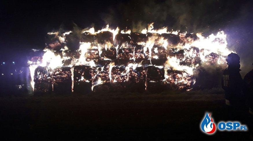 Pożar słomy w Dziekaństwie OSP Ochotnicza Straż Pożarna