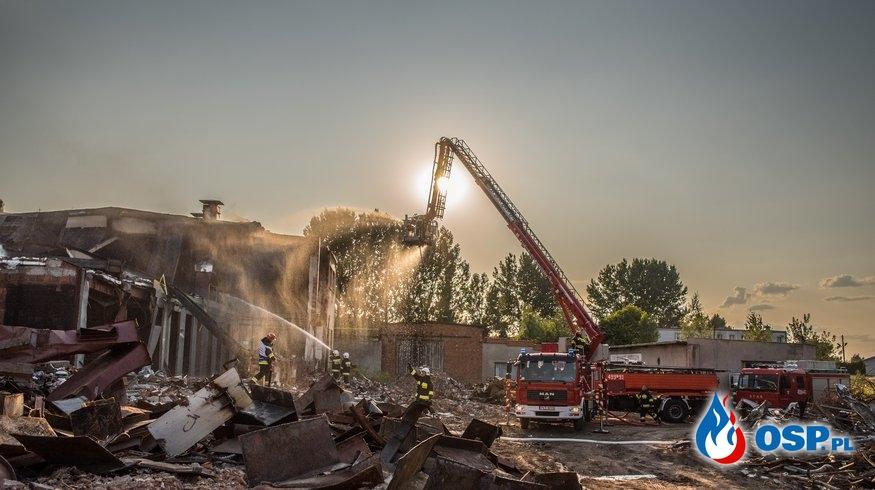 POŻAR NA TERENIE DAWNEJ CEGIELNI OSP Ochotnicza Straż Pożarna