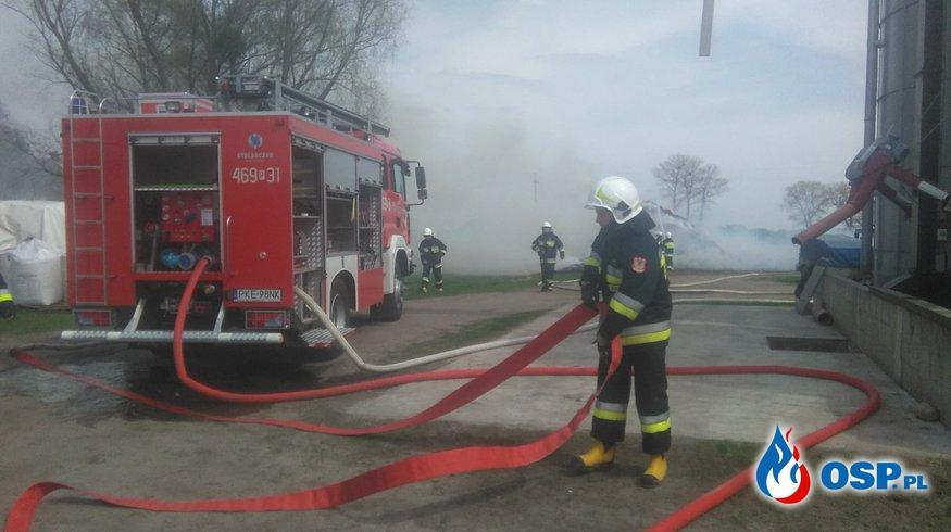 Pożar stogu w Perzowie OSP Ochotnicza Straż Pożarna